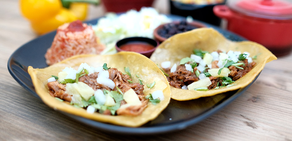 """Tacos al Pastor <font color=""""#009f9a"""">8€</font>"""